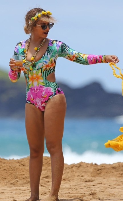 Beyonce-swimsuit