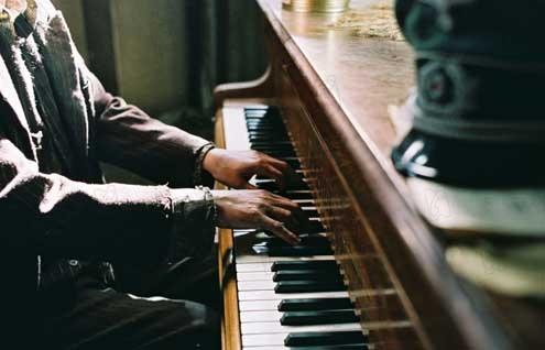 Piano Girl Wallpaper Photo Du Film Le Pianiste Photo 6 Sur 13 Allocin 233