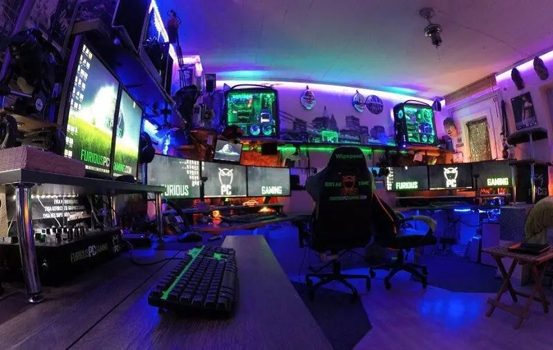 Best Car Wallpapers Ever This Gamer Built A Gaming Room That Glows Like The Sun