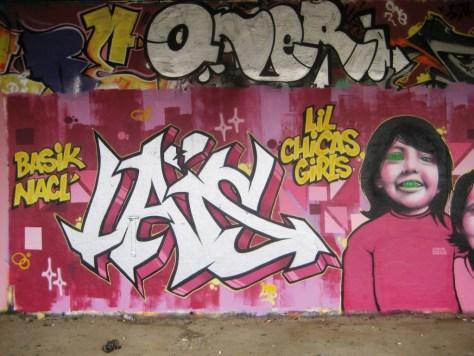 besancon - graffiti - mars 2013 - lil chicas girls (1)