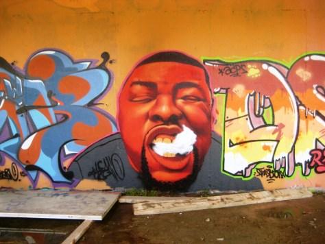 mai 2013_graffiti_besancon_rip_Tew (2)