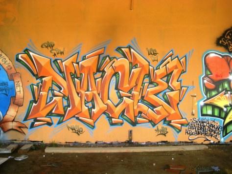 mai 2013_graffiti_besancon_rip_Tew (7)