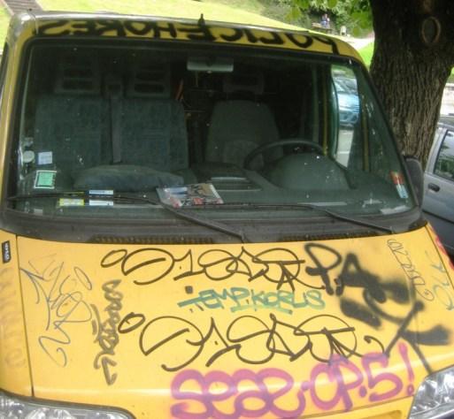 mai 2013_graffiti_camion_besancon (3)