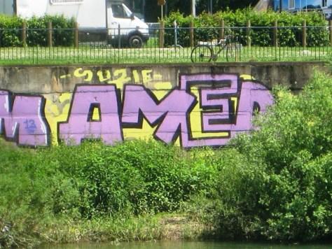 Rodni, Cream, AMer_graffiti_besancon_2013 (4)