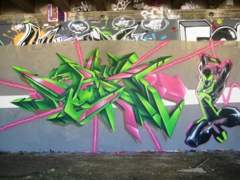 besancon_graffiti_Wask_superheros_juin2013 (1)