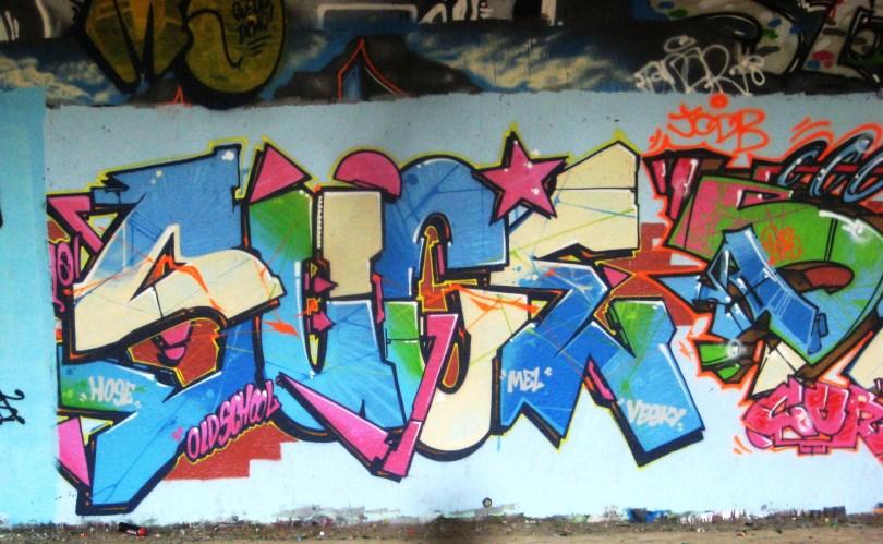 suce, demo, seam - graffiti - besancon-2013 (1)