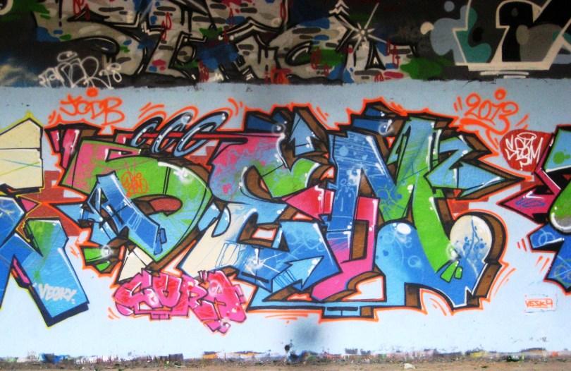 suce, demo, seam - graffiti - besancon-2013 (2)