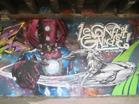 fresque-conflit galactic - LCG-IZI - graffiti - besancon (4)