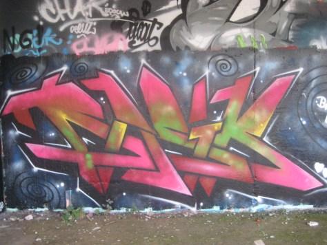 Basik - graffiti - besancon - oct 2013 (1)