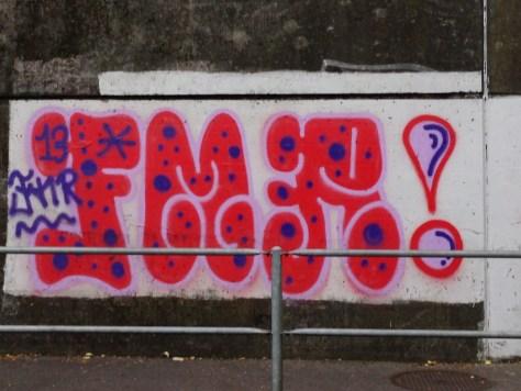 2013-10-08 FMR - graffiti - Lausanne