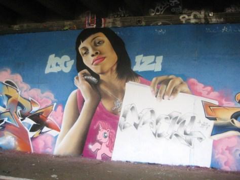 besancon-fevrier 2014-graffiti- Wyker, Nacle, Mesh (4)