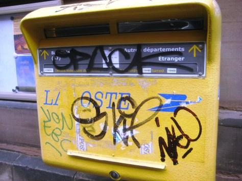 strasbourg 02.03.14 boite aux lettre - tag - sticker - pochoir (6)