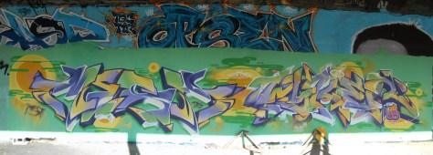 Mesh, Wyker, LCG.IZI - Besancon - Graffiti - 04.2014  (1)