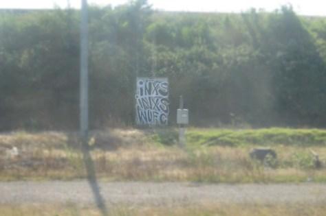 INXS, INXS, WUFC - graffiti - juill 2013 -  (1)