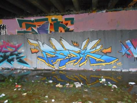 janvier 2015 - graffiti - besancon BASIK (1)