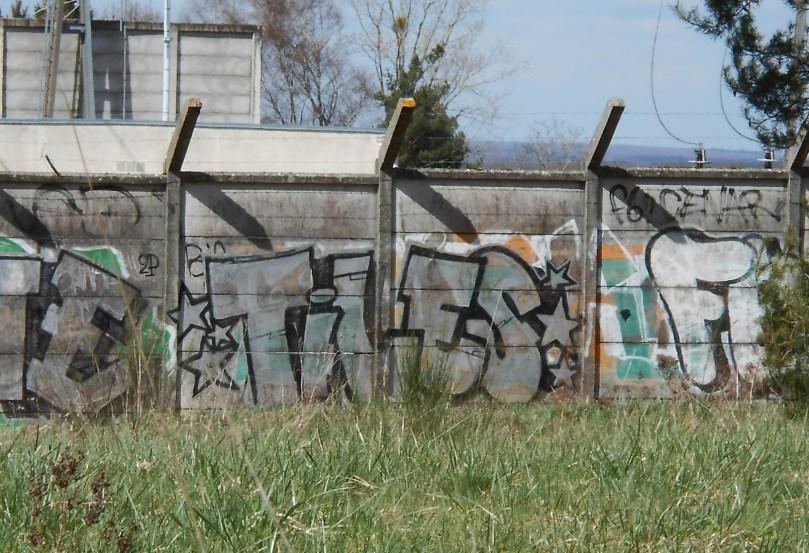 Tiles - graffiti Epinal avril 2015