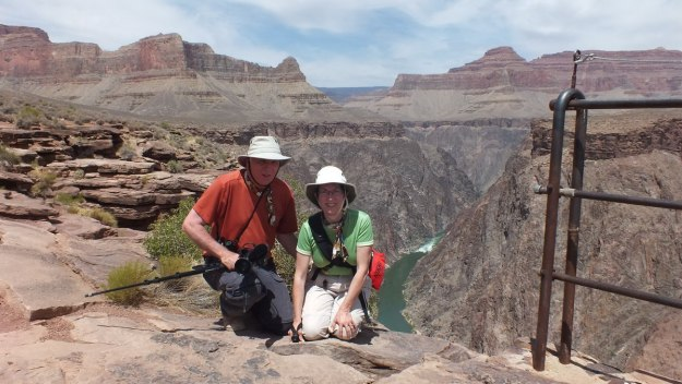 bob and jean at plateau point lookout, grand canyon 18a