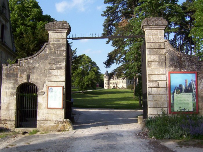 Main entrance gate - Chateau de la Bourdaisiere Castle - France