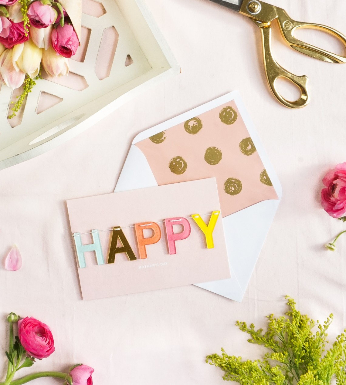 3 Ways to Personalize Store Bought Cards for Mother's Day | Francois et Moi
