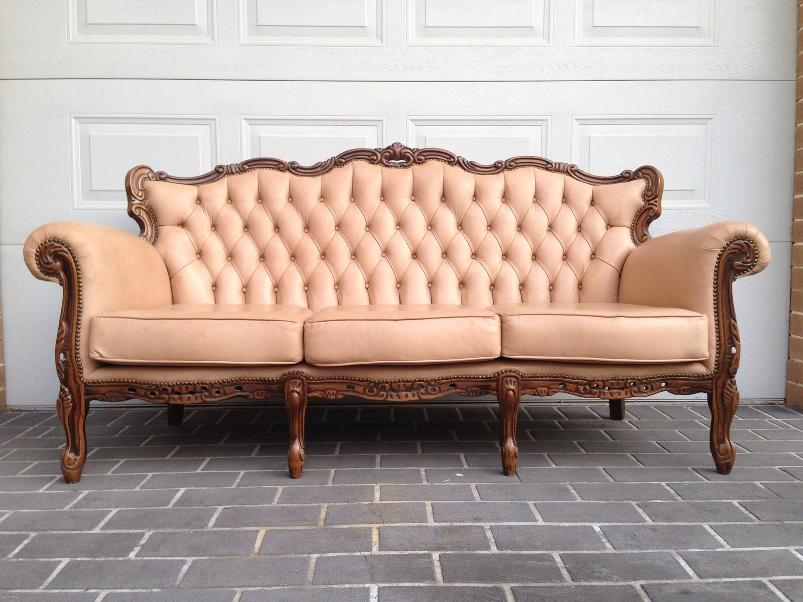 Sofa Brisbane Blush Vintage Leather French Sofa