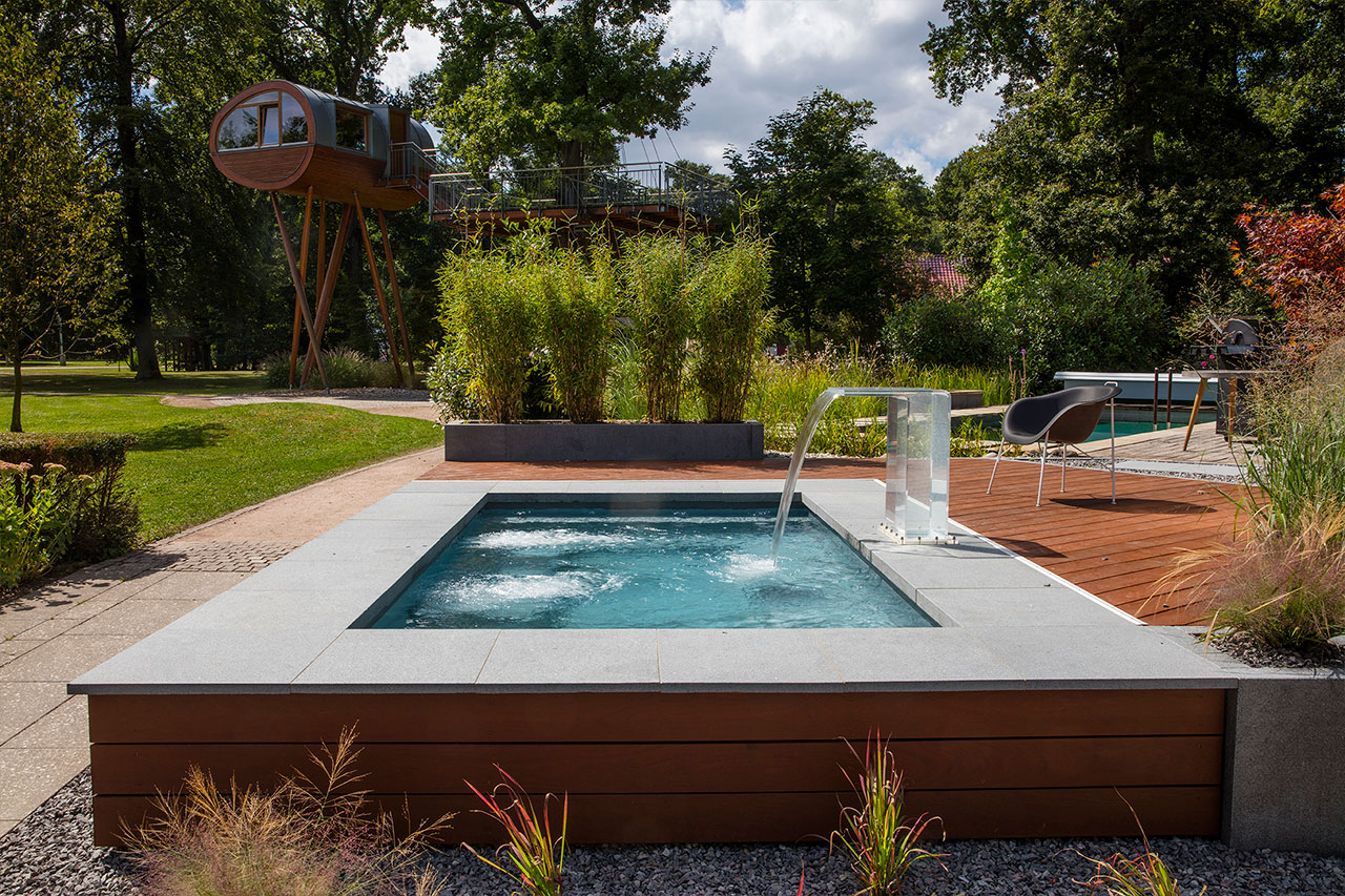 Gartengestaltung Mit Kleinem Pool C Side Pools Gartenpools Swimmingpools Whirlpools