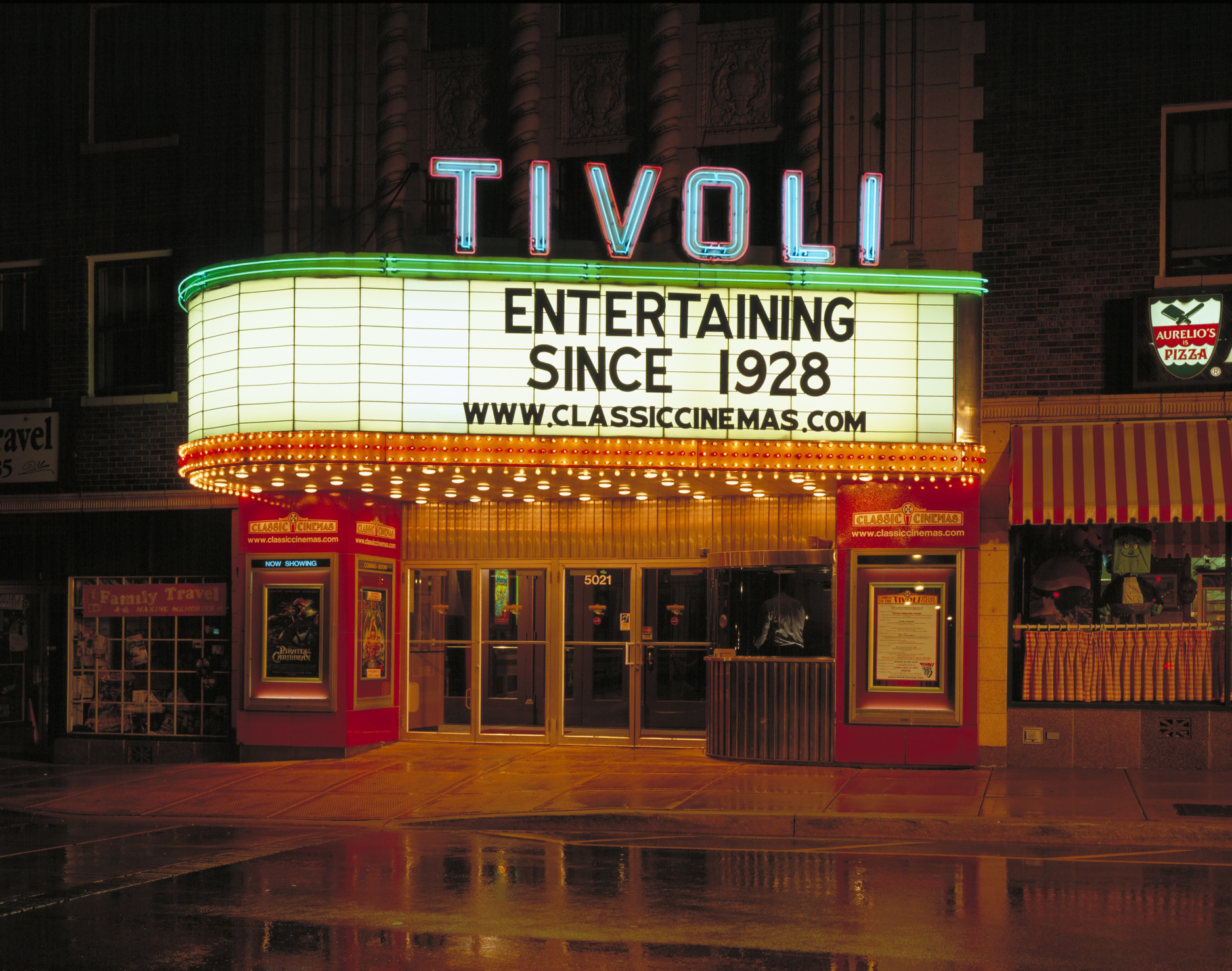 Tivoli Theatre In Downers Grove Il Burlington Place Apartments Downers Grove Franklin