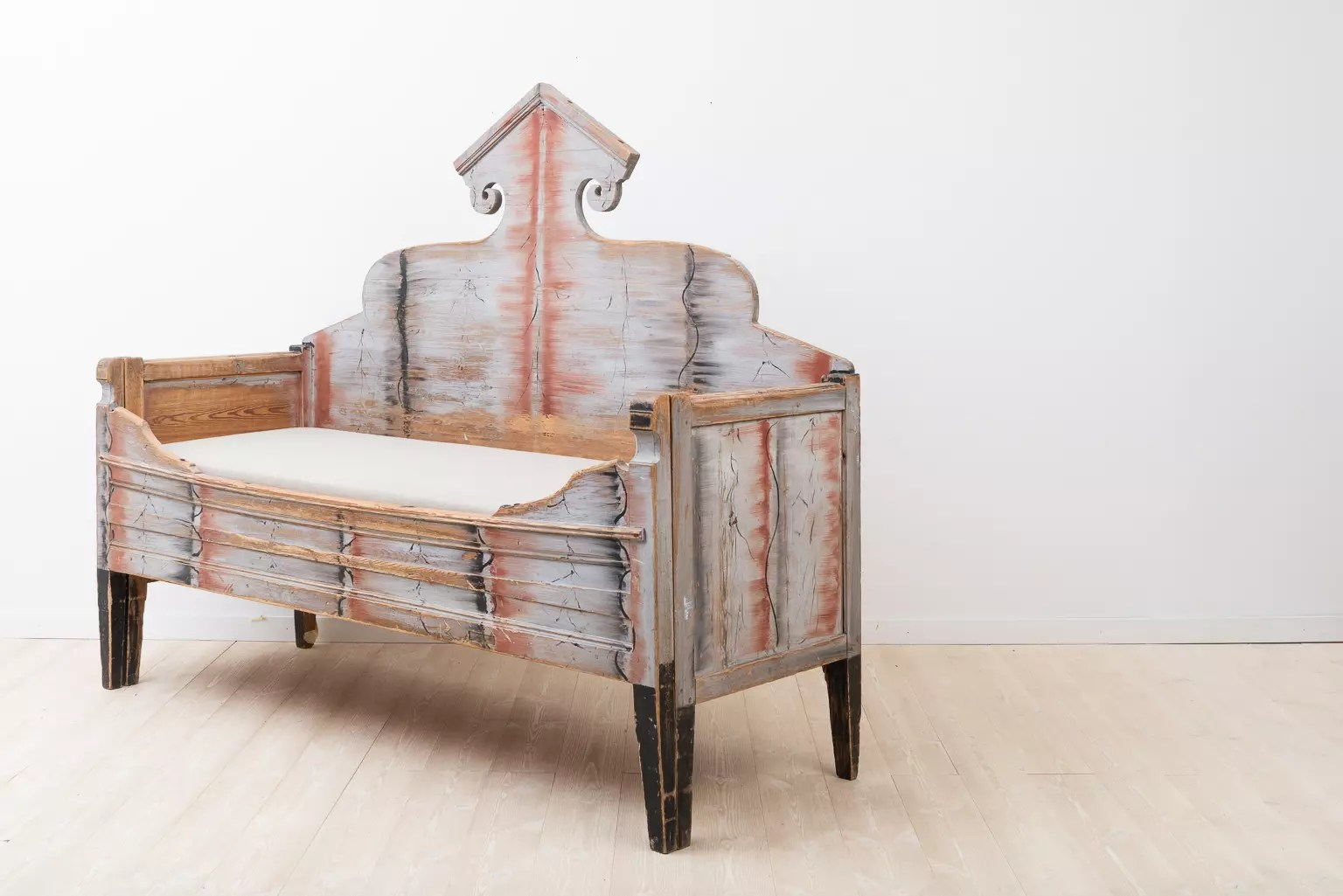 Sofa Bed From Northern Sweden 1790 Frånö Antik