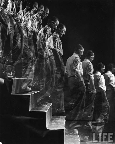 Duchamp Descending a Staircase, 1952, photo by Eliot Elisofon