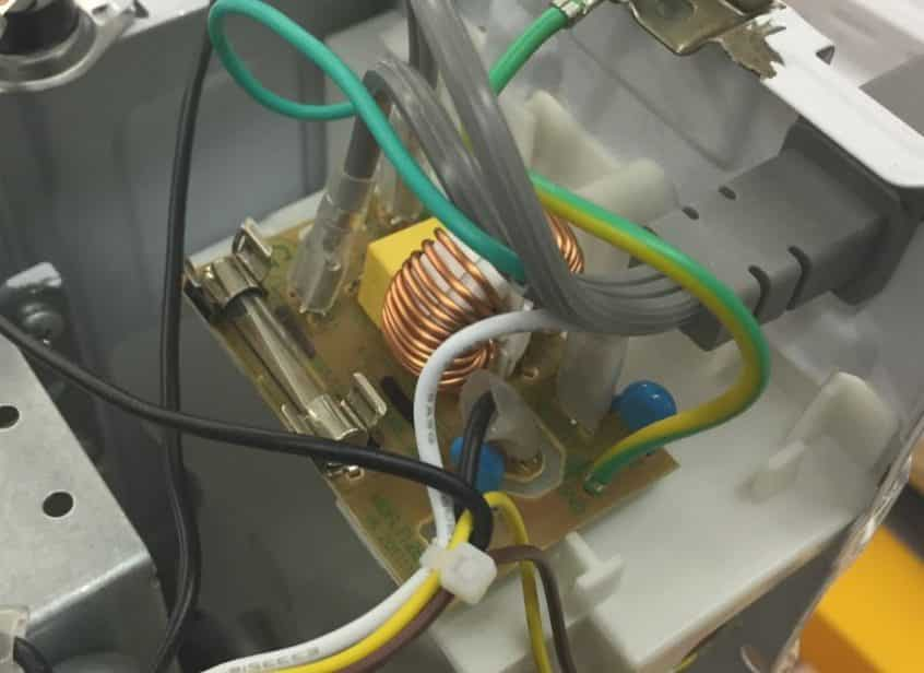 How to Check a Microwave Fuse Fred\u0027s Appliance