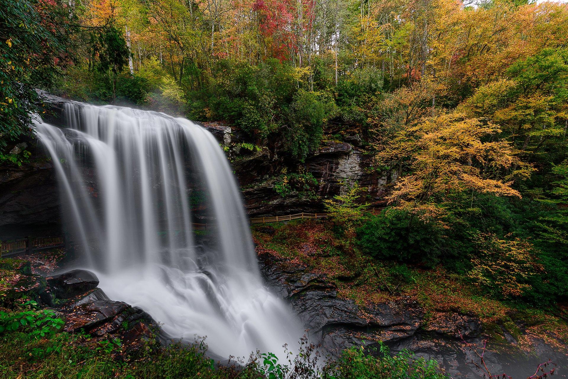 Galaxy S5 Fall Wallpaper Autumn At Dry Falls Highlands North Carolina Hd Wallpaper