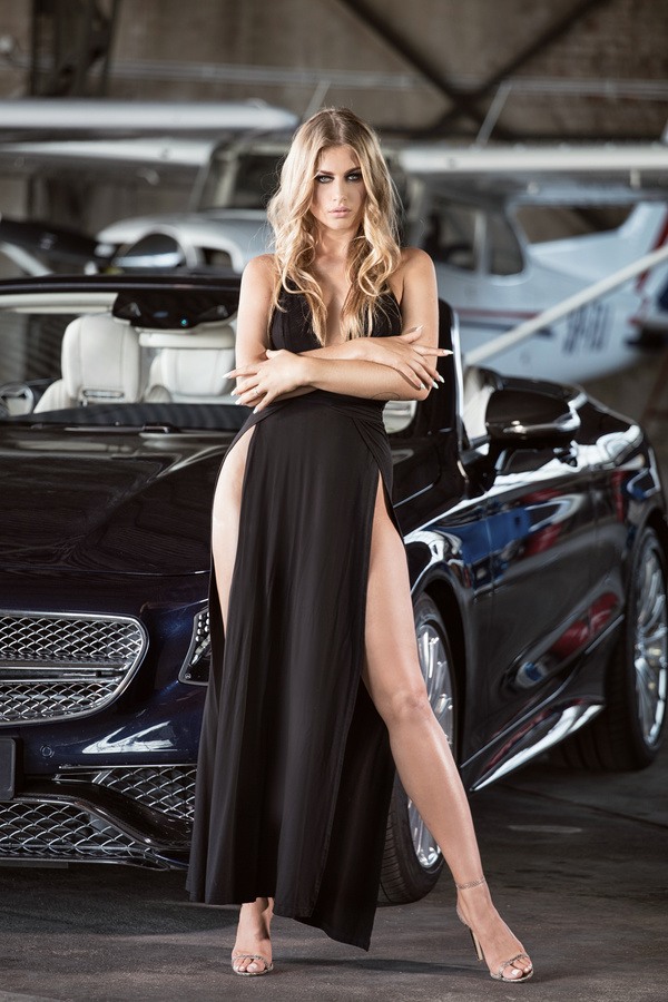 Rolls Royce Car Wallpaper Free Download Blond Girl With Luxury Cars Stock Photo 07 Free Download