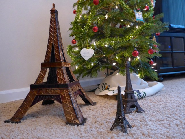 Take it from a (non blasée) French native:  La Tour Eiffel is still cool, and always in style!