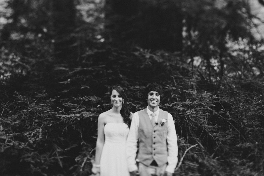 AirBnB wedding in the woods 23 Beautiful AirBnB Wedding in the Woods