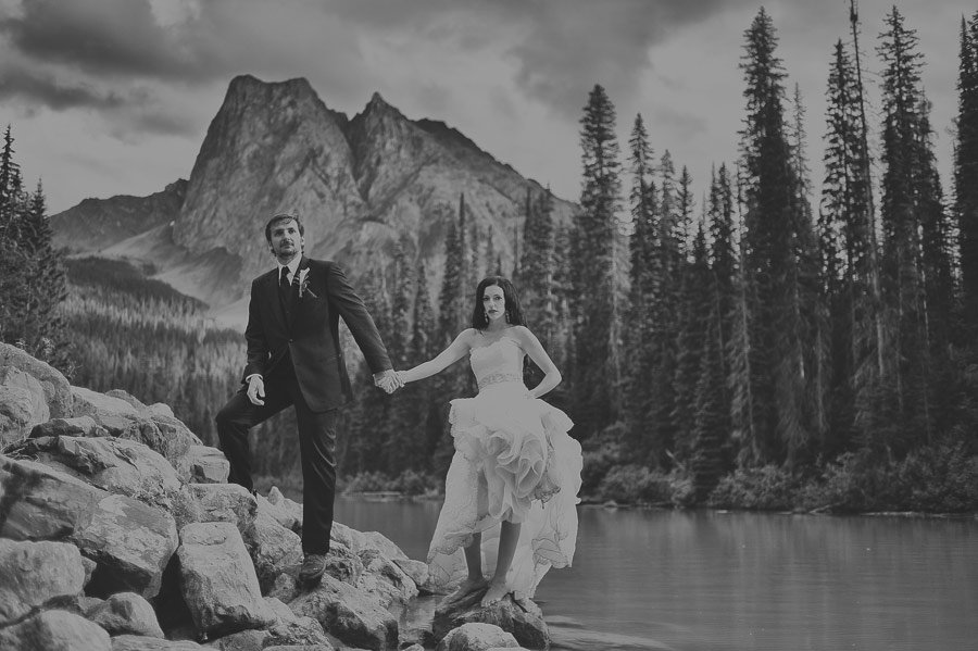 emerald lake lodge photo session carey nash 16 Canadian Emerald Lake Wedding Photos