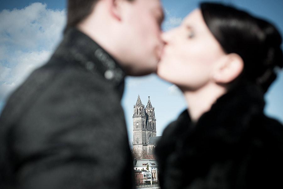 german-wedding-black-red-white-11