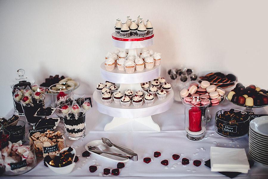 german-wedding-black-red-white-19