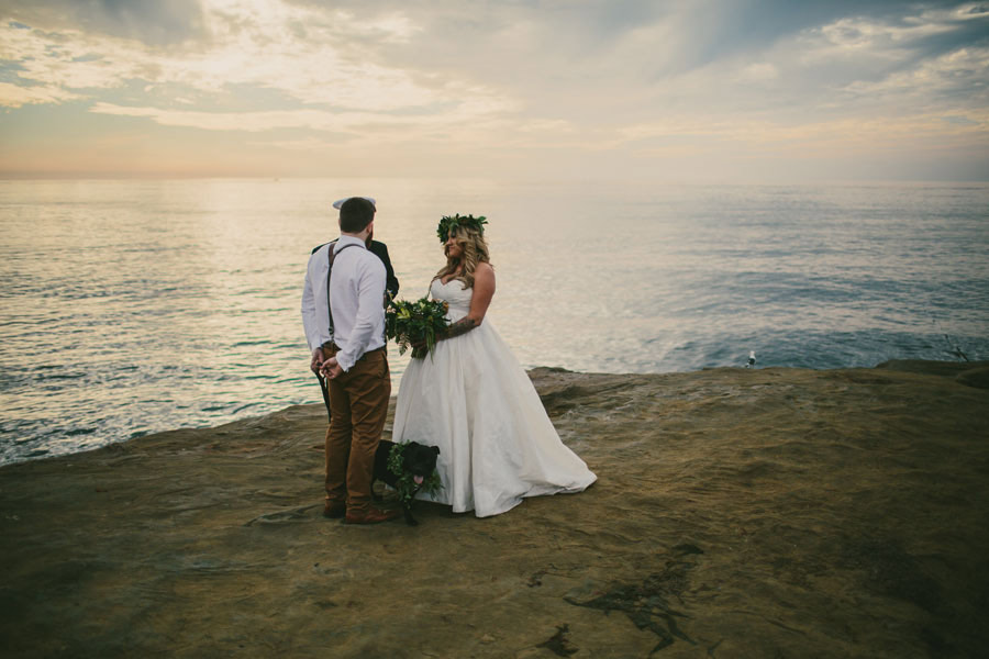 sea elopement pregnant bride 21 An Elopement in San Diego with a Nearly 9 Months Pregnant Bride