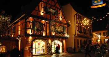 Eguisheim Christmas Market © French Moments