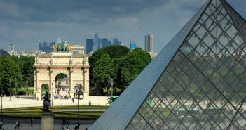 The Historical Axis seen from the Louvre © French Moments