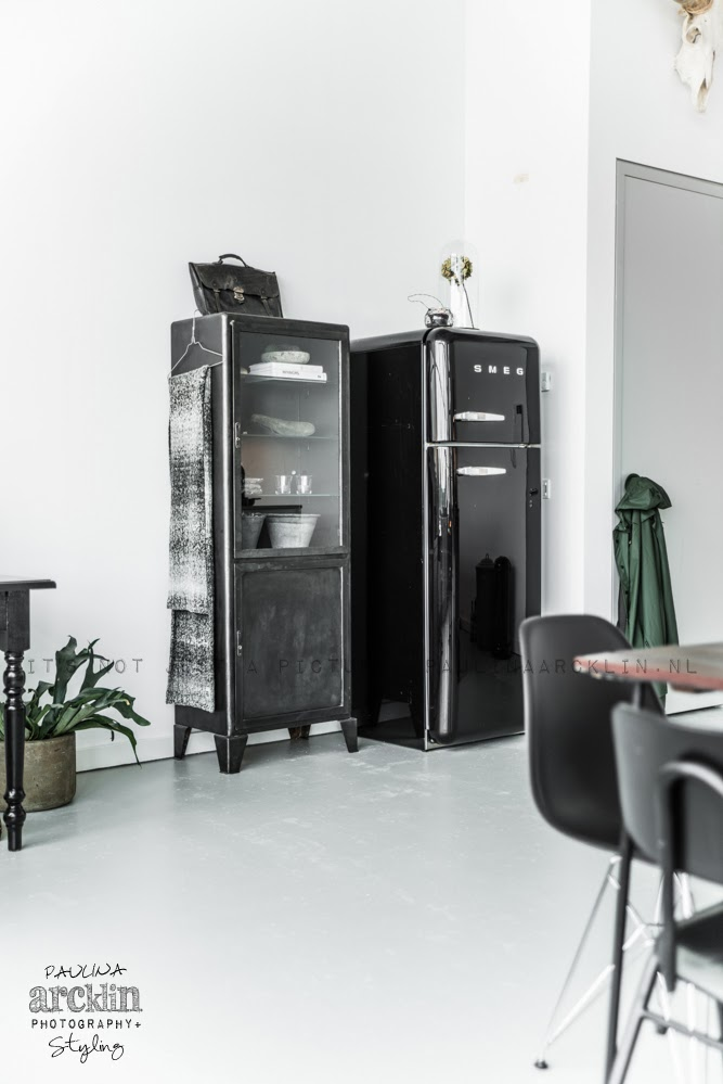 tendance le frigo smeg frenchy fancy. Black Bedroom Furniture Sets. Home Design Ideas