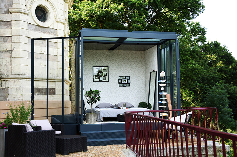 une extension contemporaine un cube dans mon jardin frenchy fancy. Black Bedroom Furniture Sets. Home Design Ideas
