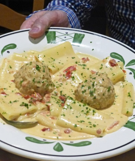 Salmon Bruschetta Tops Olive Garden New Menu Fresh Food In A Flash