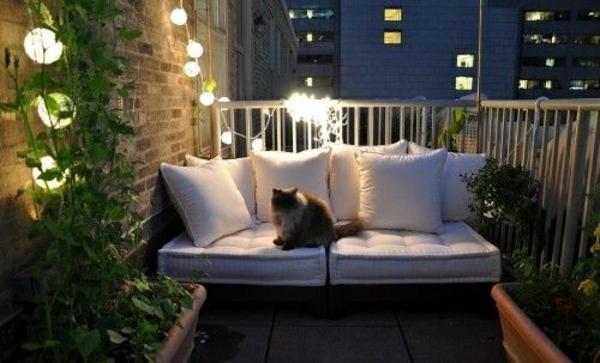 30 Coole Ideen einen kleinen Balkon gemütlich zu machen - mini balkon gestalten
