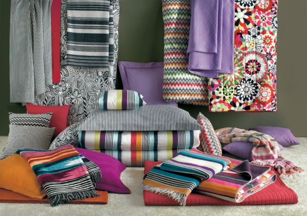 Tagesdecke Leinen Missoni Home Collection Sommer 2013 - Blumig Und Farbenfroh
