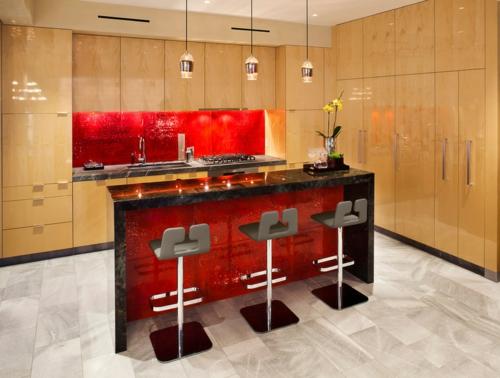 Elegant Rote Küchenrückwand   15 Hinreißende Küchenideen   Mosaikfliesen Kuche  Glasmosaik Rueckwand