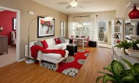 Wunderschne Schlafzimmer in Rot und Wei