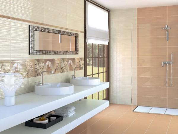 Gruene Fliesen Badezimmer