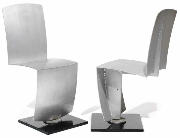 Designer Mobel Aus Metall Bequeme Sitzgruppe Mit Lederspolsterung ...