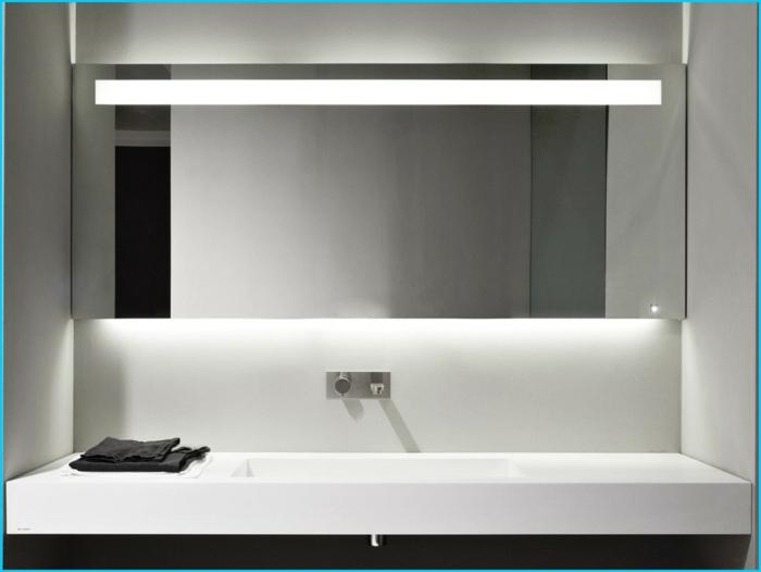 Badezimmer Spiegel Beleuchtung- die praktisch- sinnvolle Notwendigkeit - badezimmer lampe
