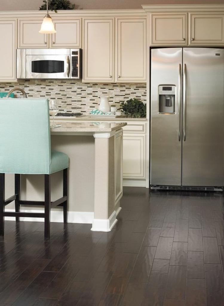 Küche mit amerikanischem kühlschrank  Amerikanische Kuechen. amerikanische kuechen villawebinfo. ideen ...
